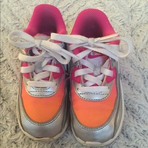 Pre-owned Nike toddler girl air max 8c